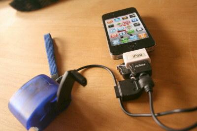 iPhone4手回し充電