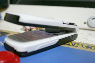 N902iXにコントローラアダプタその3