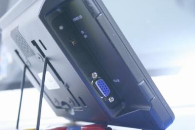 LCD-8000V 横01