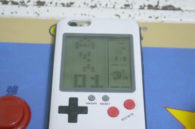 ゲームボーイ型iphoneケース 02
