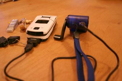 携帯用手回し充電器その3
